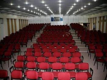 konser-ve-tiyatro-salonlarinda-havalandirma-sistemleri